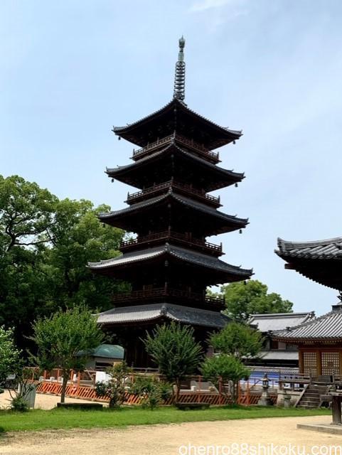 本山寺五重塔