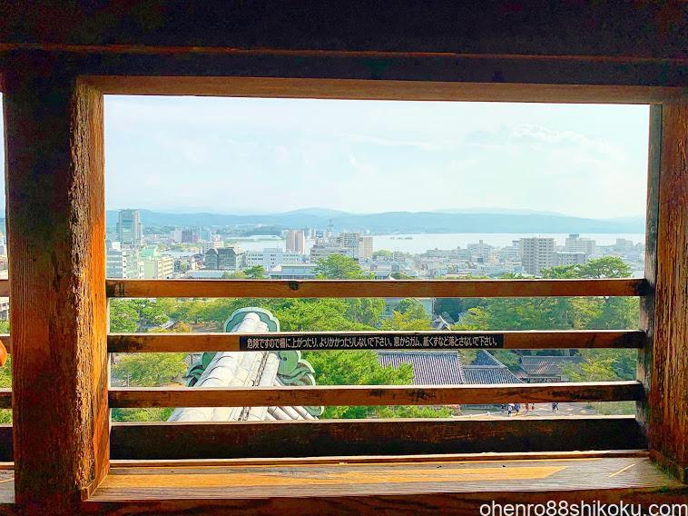 松江城天守閣から宍道湖