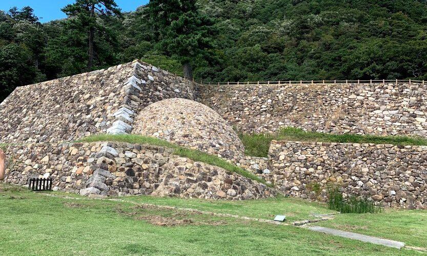 鳥取城の巻石垣