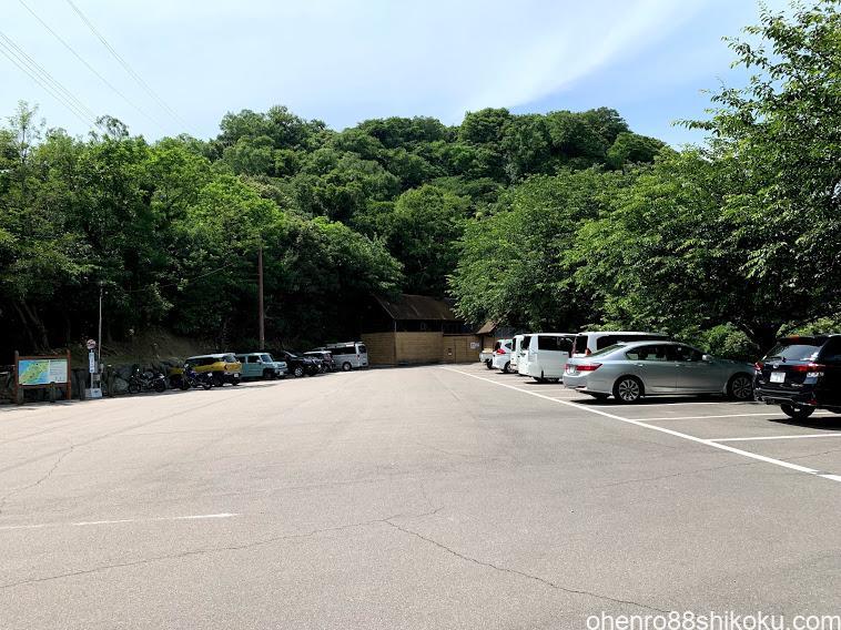 紫雲出山第一駐車場