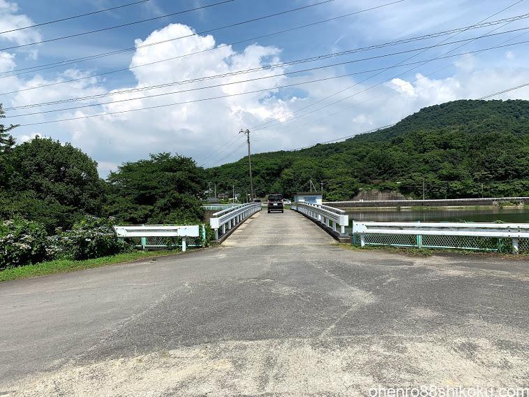 粟井神社 駐車場