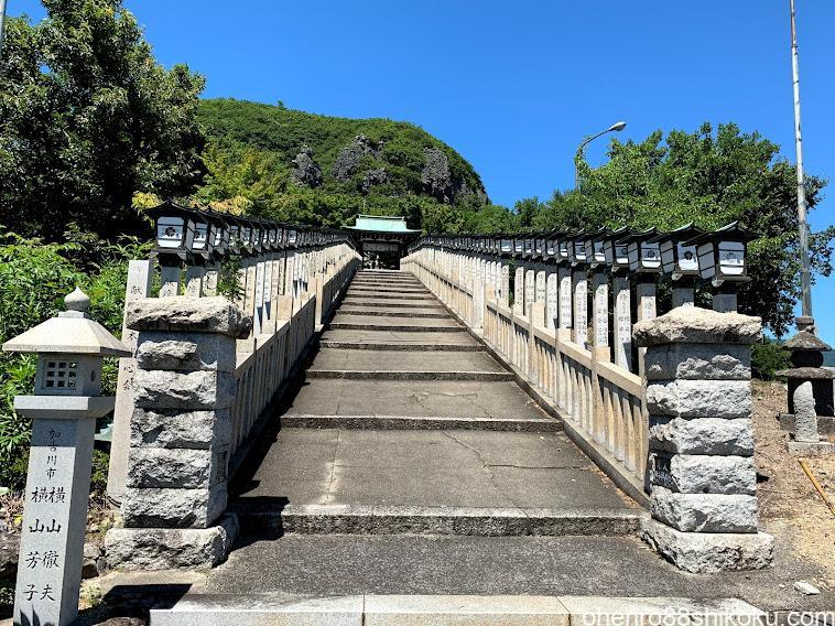 西の滝龍水寺
