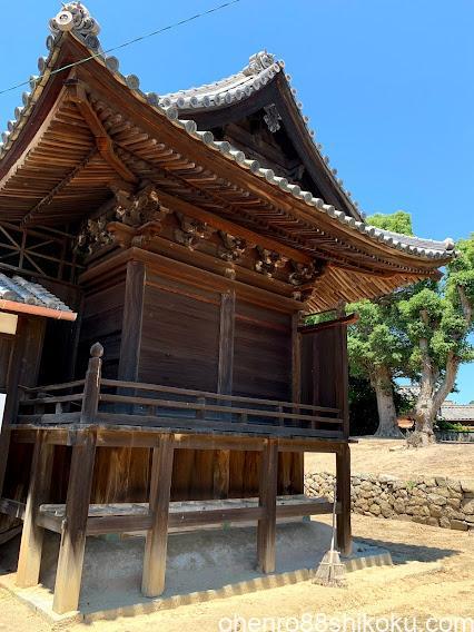 木烏神社本殿