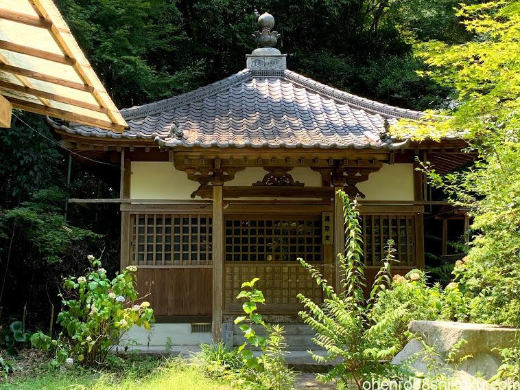 鷲峰寺護摩堂